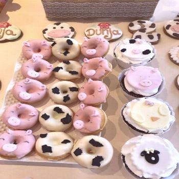 The donuts and cupcakes at this Farm Birthday Party are amazing!! See more party ideas and share yo