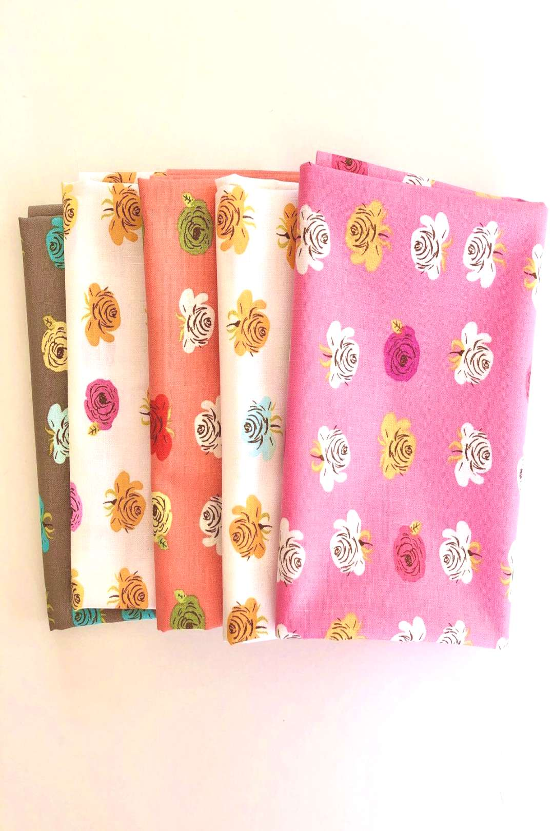 Far, Far Away 2 Roses FQ Bundle - Heather Ross - Windham – Sunny Day Supply