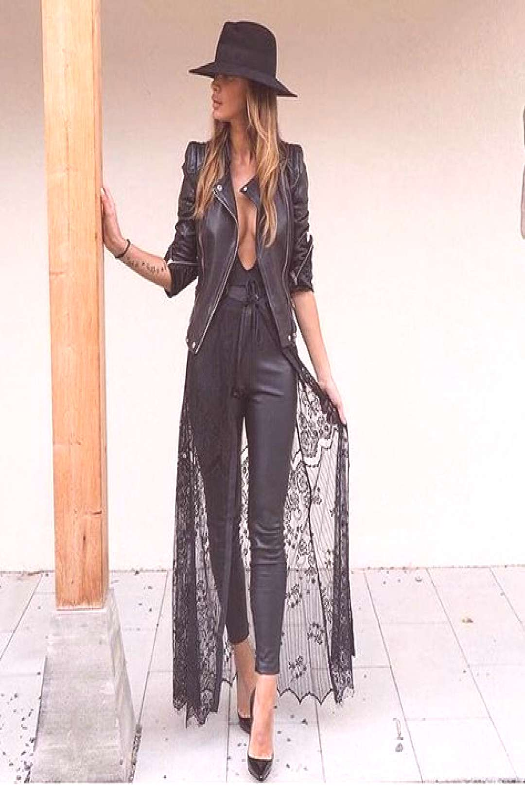 fashion blogger, style blogger, womens fashion, all black outfit, the blog ...