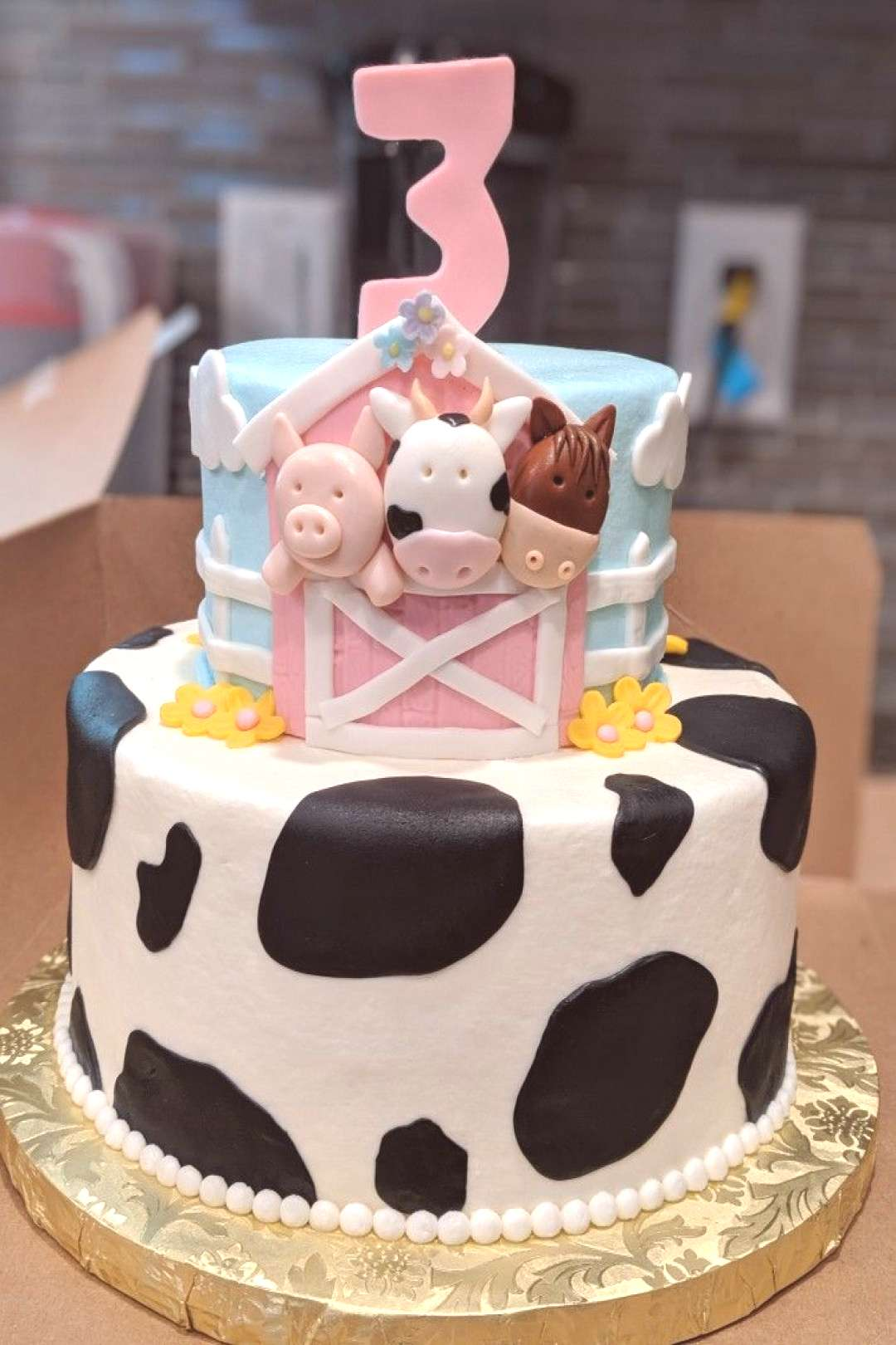Pink Farm themed birthday cake/party for my daughter ?! This is my husbands design, put togethe