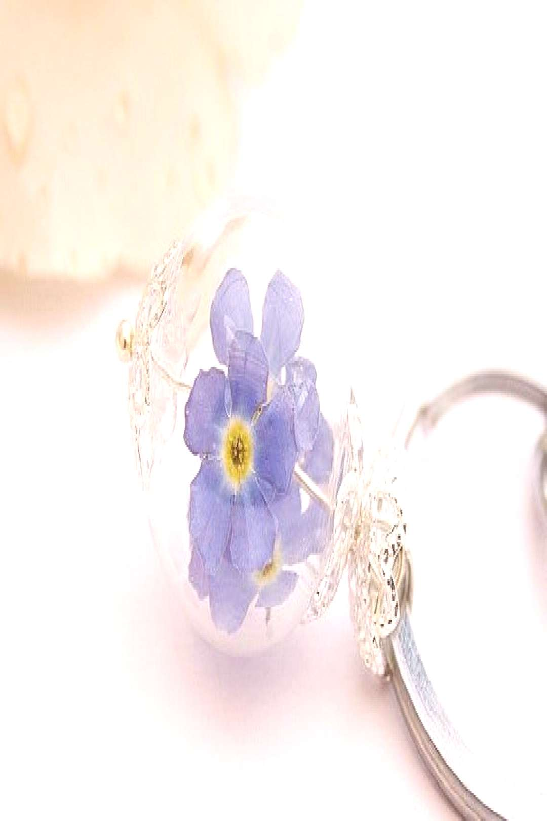 Real forget-me-not keychain bag pendant key chain real flowers flower pendant flowers farewell gift